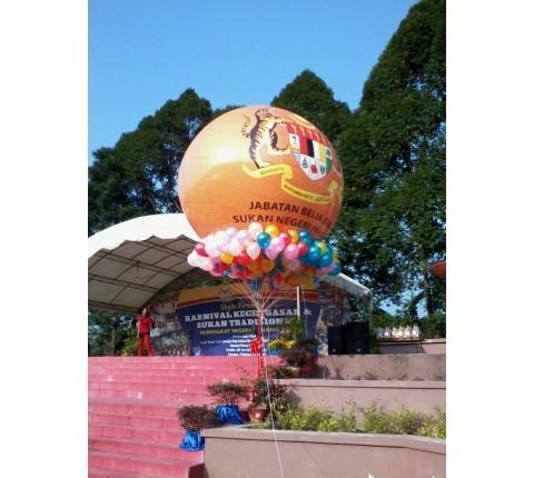 Balloon-bunting-gimmick-malaysia