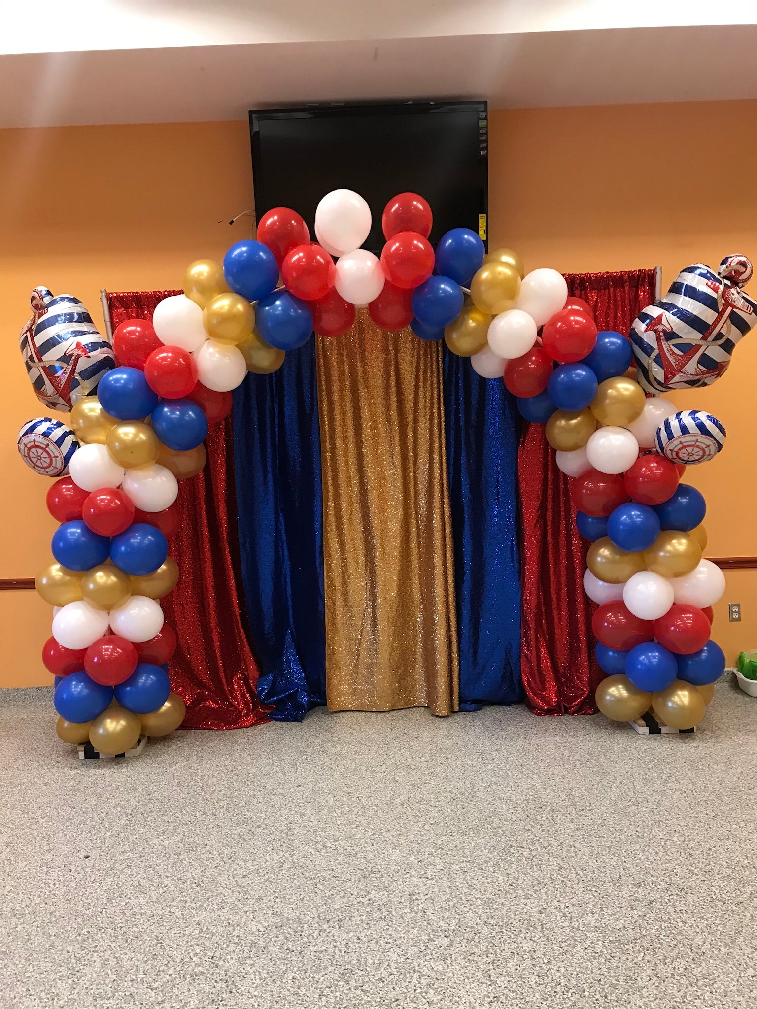 balloon-arch-way